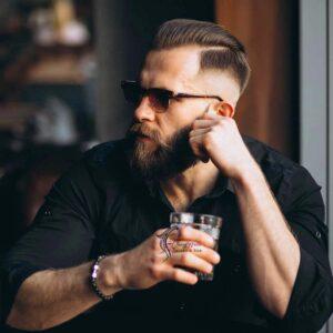 HOW TO CUT MAN'S HAIR