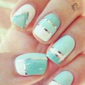 Stripes Elegant Nails