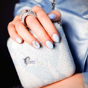 Clutch Classy Nails