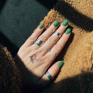 Summer Classy Nails Minty green