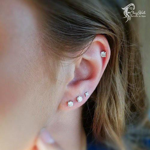 lobe ear piercing